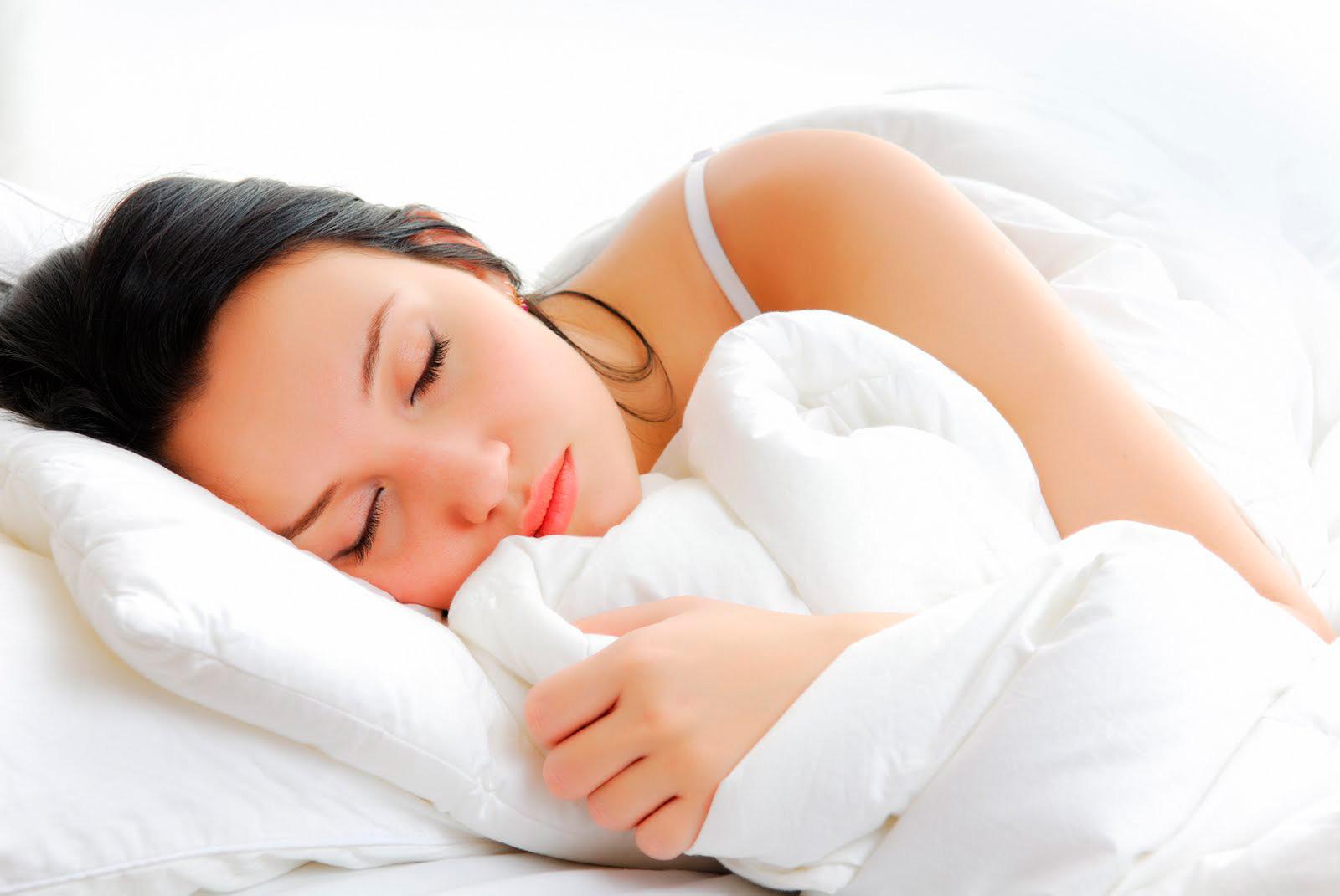 mujer-durmiendo-2