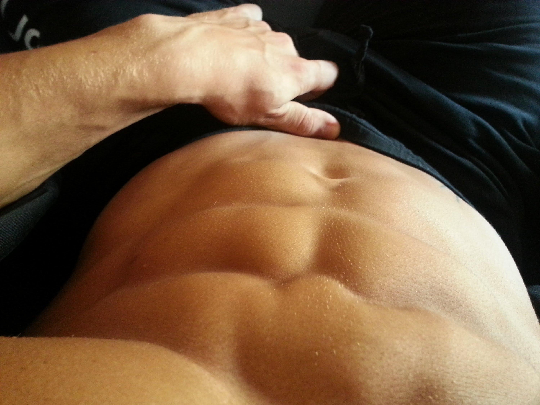 El mito de los abdominales inferiores
